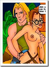 Messy Tomb Raider with green toy getting fucked hardly and cumming